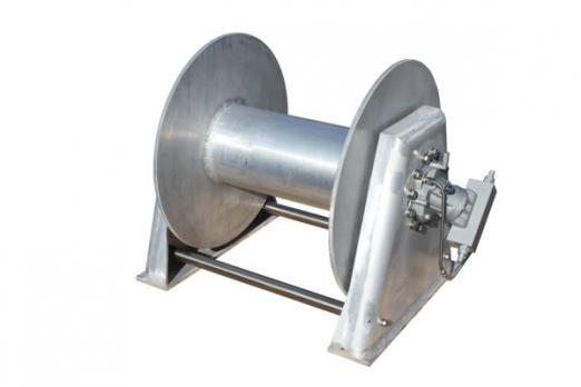 Швартовная лебедка NW300-3T-600-750