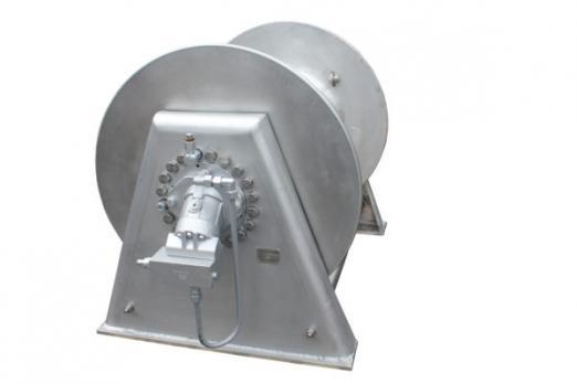 Швартовная лебедка NW400-10T-838-880